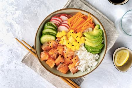 poke salad ingredienti